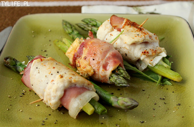 chicken roulades with asparagus